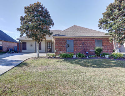 Broussard Single Family Home For Sale: 304 Hillbrooke Drive
