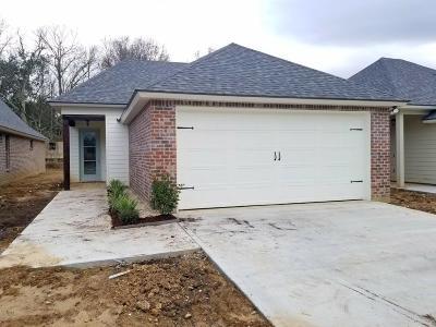 Lafayette Single Family Home For Sale: 229 Twin Meadow Lane