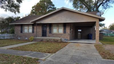 Eunice Single Family Home For Sale: 620 W Vine Street