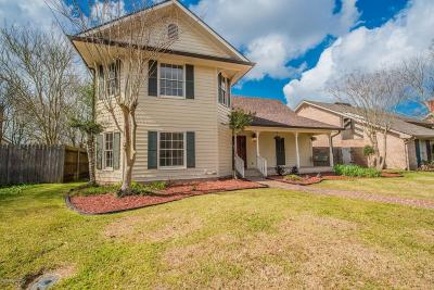Lafayette Single Family Home For Sale: 406 Comanche Drive