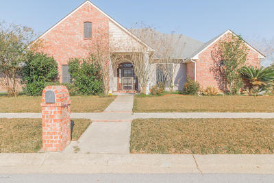 Lafayette Single Family Home For Sale: 200 Bon Temps Drive