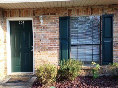 Lafayette Single Family Home For Sale: 100 Winchester Drive #203
