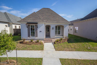 Lafayette Parish Single Family Home For Sale: 107 Rue Gambetta