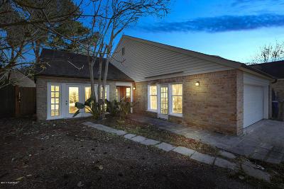 Lafayette Single Family Home For Sale: 3 Pebblestone Drive
