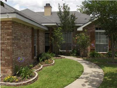 Broussard, Lafayette, Youngsville Rental For Rent: 415 Burgess Dr