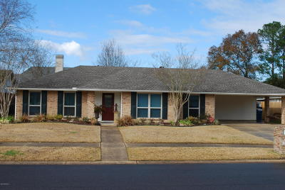 Lafayette Single Family Home For Sale: 504 Monteigne Drive