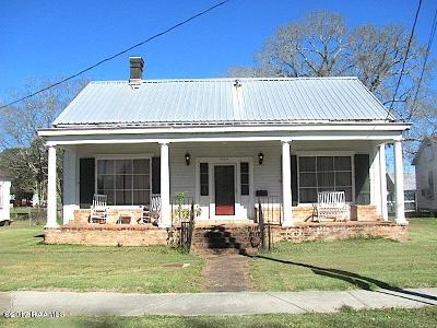New Iberia Single Family Home For Sale: 720 W Main Street