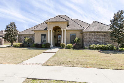 Lafayette Parish Single Family Home For Sale: 105 English Gardens Parkway