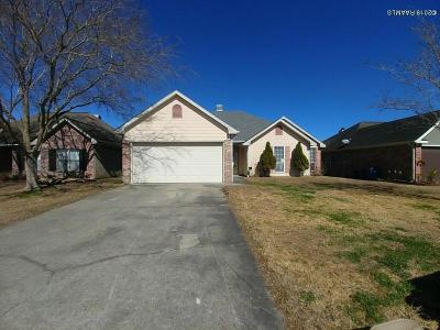 Lafayette Single Family Home For Sale: 222 Shadowbrush Bend