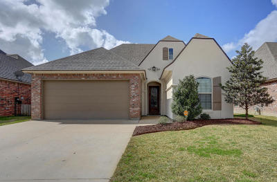 Broussard Single Family Home For Sale: 304 Old Cypress Drive
