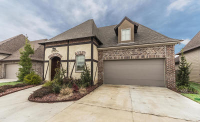 Broussard Single Family Home For Sale: 124 Autumn Brook Drive