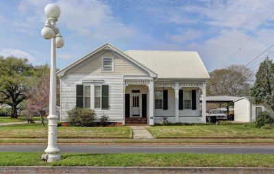 Franklin Single Family Home For Sale: 105 Main Street