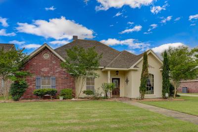 Lafayette Parish Single Family Home For Sale: 408 Gordon Crockett Drive
