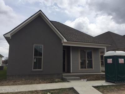 Laurel Grove Single Family Home For Sale: 204 Harvey Cay Lane