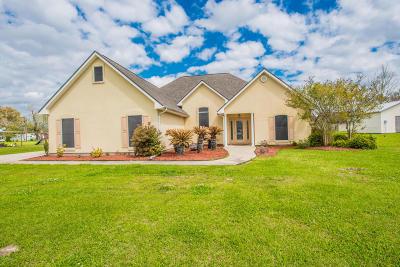 Breaux Bridge Single Family Home For Sale: 1066 Sugarland Drive