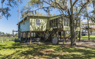 Cypremort Point Single Family Home For Sale: 3176 Hwy 319