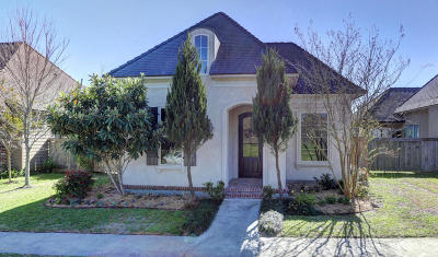 Lafayette Single Family Home For Sale: 305 Brightwood Drive
