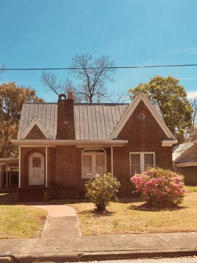 Crowley Single Family Home For Sale: 326 E Hutchinson Avenue