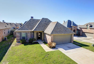 Lafayette Single Family Home For Sale: 205 Brooks Passage Way