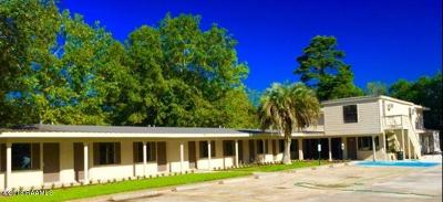 Calcasieu Parish Commercial For Sale: 700 W Napolean Street
