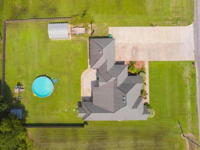 Breaux Bridge Single Family Home For Sale: 1012 Gloria Kern Drive