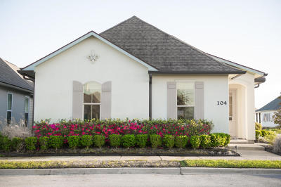 Single Family Home For Sale: 104 Laurel Grove Boulevard
