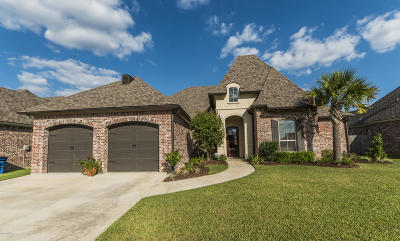Sabal Palms Single Family Home For Sale: 106 Coco Palms Court