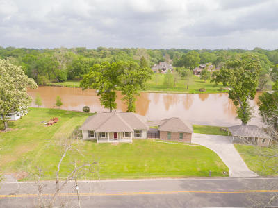 Abbeville Single Family Home For Sale: 10532 La Hwy 82