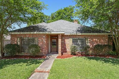 Lafayette Parish Single Family Home For Sale: 102 Hanover Square