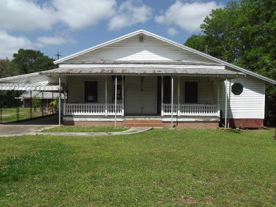 New Iberia Single Family Home For Sale: 2611 Belle Place Olivier