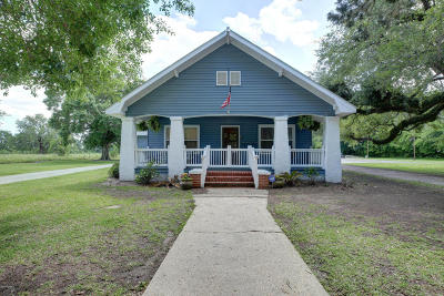 Jeanerette Single Family Home For Sale: 20633 Hwy 182 W