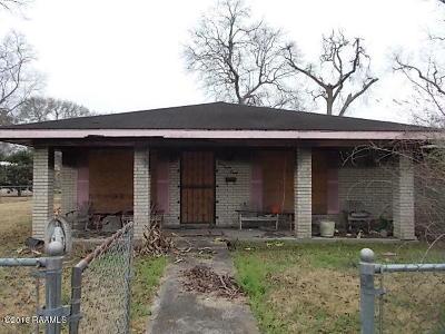 Single Family Home For Sale: 638 Malain Street
