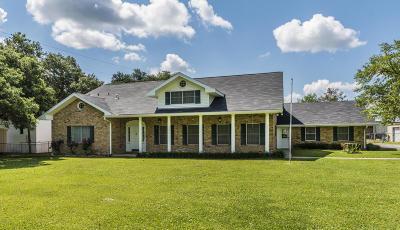 Lafayette Single Family Home For Sale: 705 W Gloria Switch Road