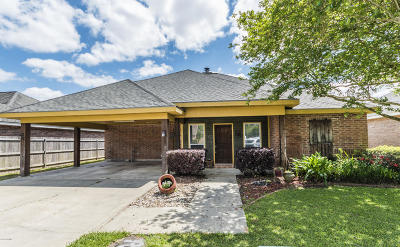 Lafayette Single Family Home For Sale: 109 Olympic Drive
