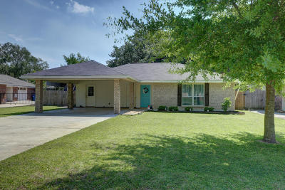 Lafayette Single Family Home For Sale: 227 Sunflower Drive