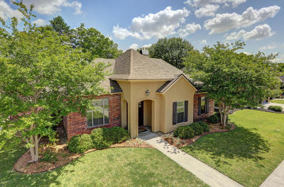 Lafayette  Single Family Home For Sale: 101 Briarbend Drive