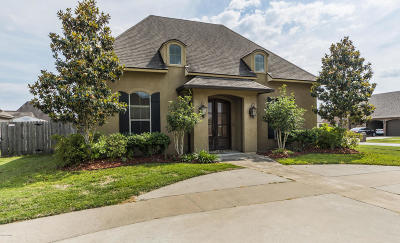 broussard Single Family Home For Sale: 107 Marquee Drive