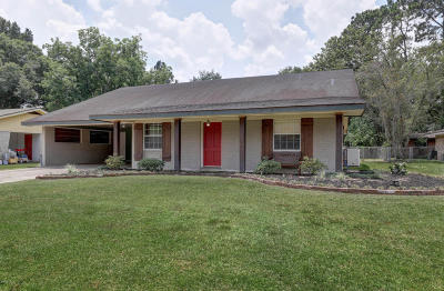 Lafayette Single Family Home For Sale: 210 Elmwood Drive