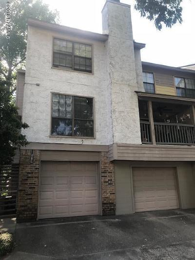 Lafayette Single Family Home For Sale: 1400 E Bayou Parkway #7a
