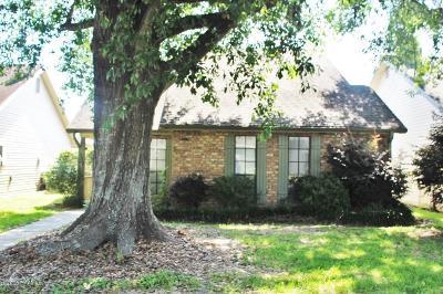 Lafayette  Single Family Home For Sale: 113 Luna Street