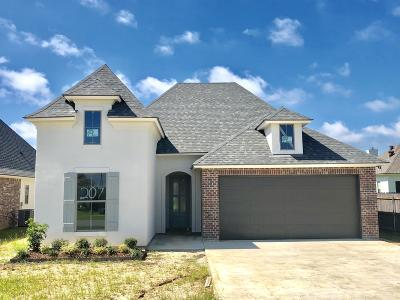 Lafayette Single Family Home For Sale: 207 Meadow Gate Drive