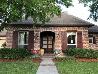 Lafayette  Single Family Home For Sale: 305 Vanburg Place