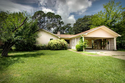 Lafayette Single Family Home For Sale: 305 Mimosa Place