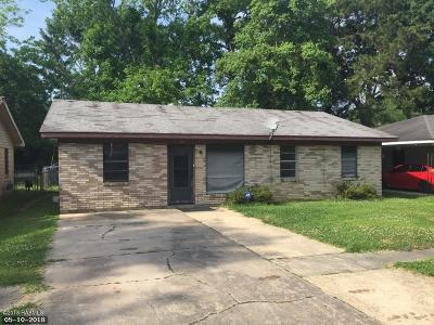 Single Family Home For Sale: 407 E Cedar Street