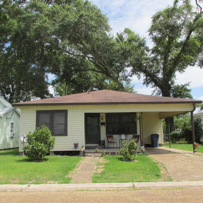 Eunice Single Family Home For Sale: 920 W Ash Avenue