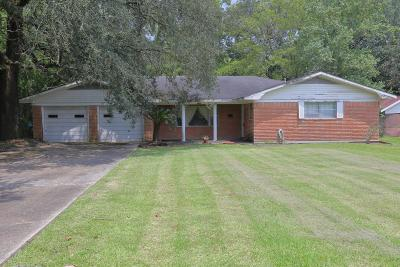 Jeanerette Single Family Home For Sale: 2140 Saint Charles Street