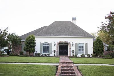 Lafayette Single Family Home For Sale: 212 Farmington Drive