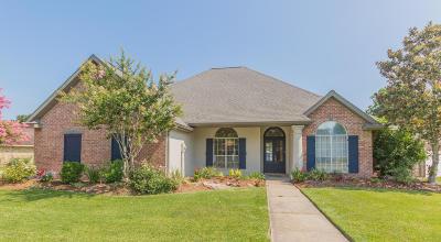 Lafayette Single Family Home For Sale: 118 Belle Grove Boulevard