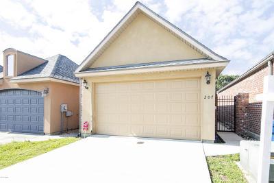 Lafayette Single Family Home For Sale: 207 Chimney Rock Boulevard