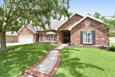 Lafayette Single Family Home For Sale: 212 Clem Drive